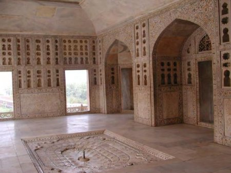 Marble apartment in Agra Fort