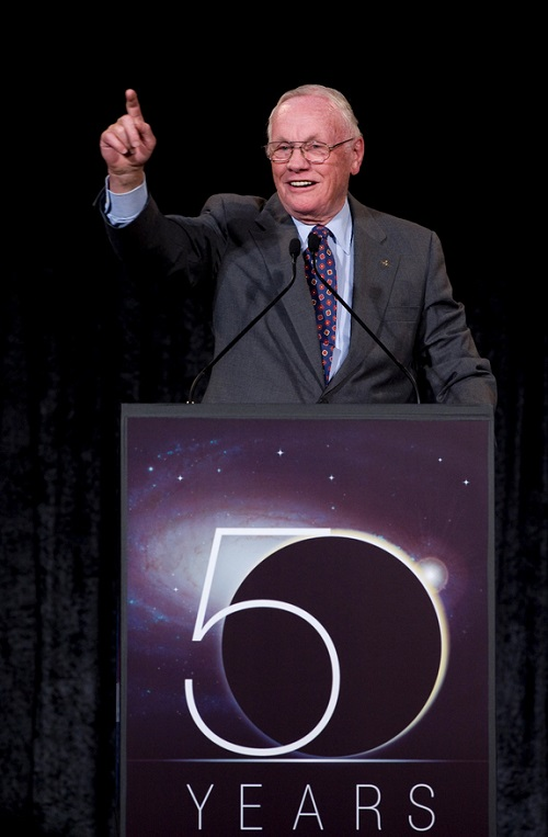 neil-armstrong-nasa-50th-anniversary 2008