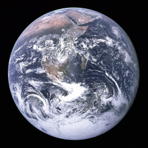 Earth_seen_from_Apollo_17